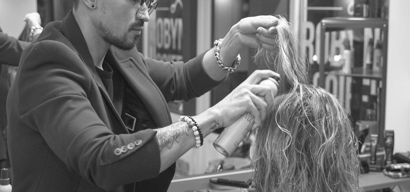 Robynson hair artist moeskroen